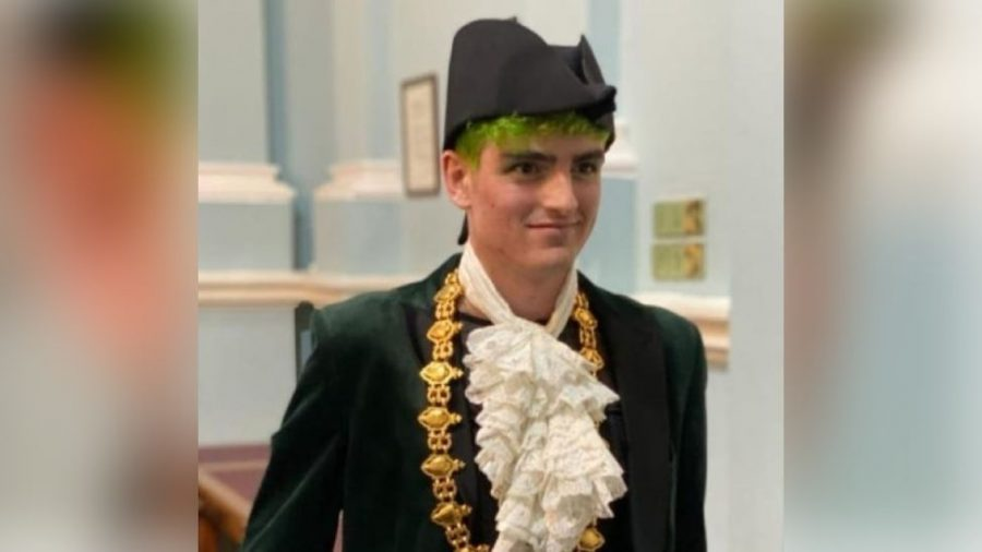 Owen Hurcum, elected mayor of Bangor, Wales, at the age of 23, is believed to be the first openly  non-binary mayor in the world.